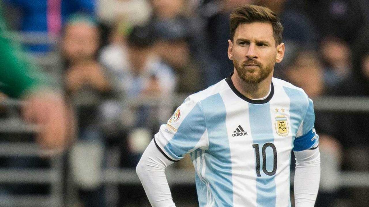 Messi tiếp tục vắng mặt trong màu áo ĐTQG - Bóng Đá