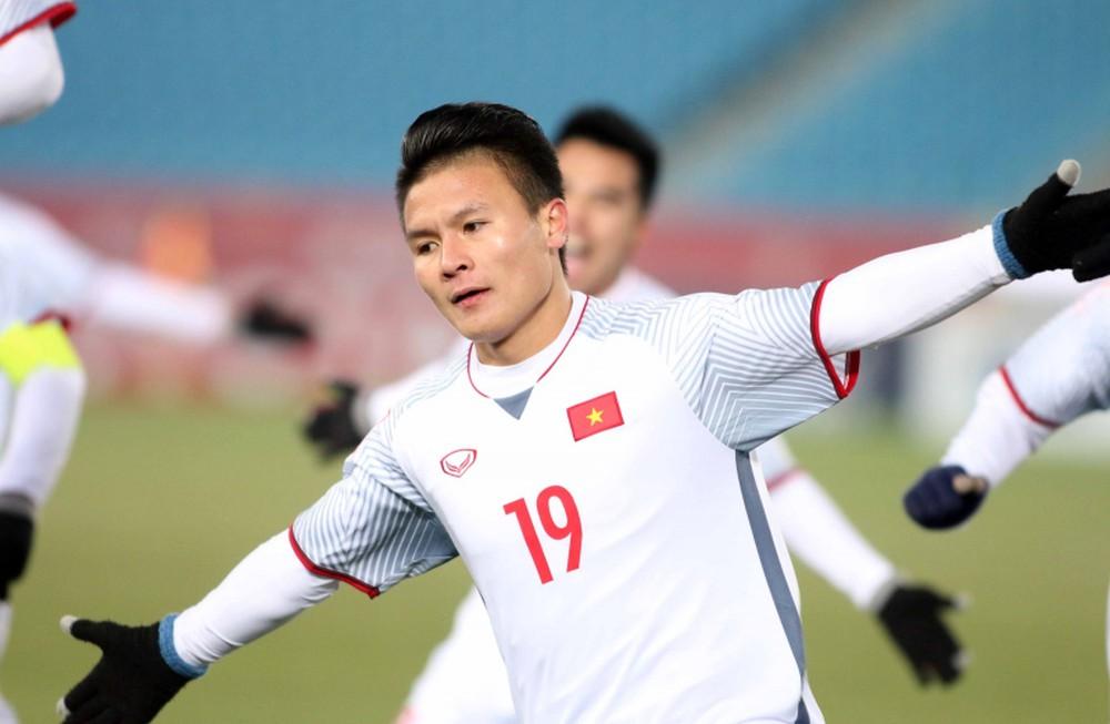 Quả bóng vàng Việt Nam 2018 khó thoát khỏi tay Quang Hải? - Bóng Đá