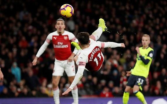 TRỰC TIẾP Arsenal 0-0 Huddersfield: Torreira mở tỷ số (H2) - Bóng Đá