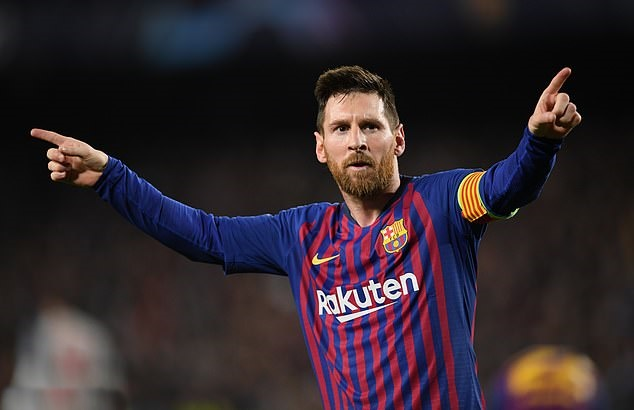 Messi sút phạt hay nhờ Maradona? - Bóng Đá