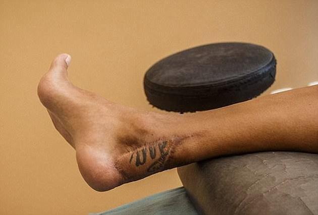 Hành trình trở lại ĐTQG của Santi Cazorla từ bàn chân suýt bị cắt bỏ - Bóng Đá
