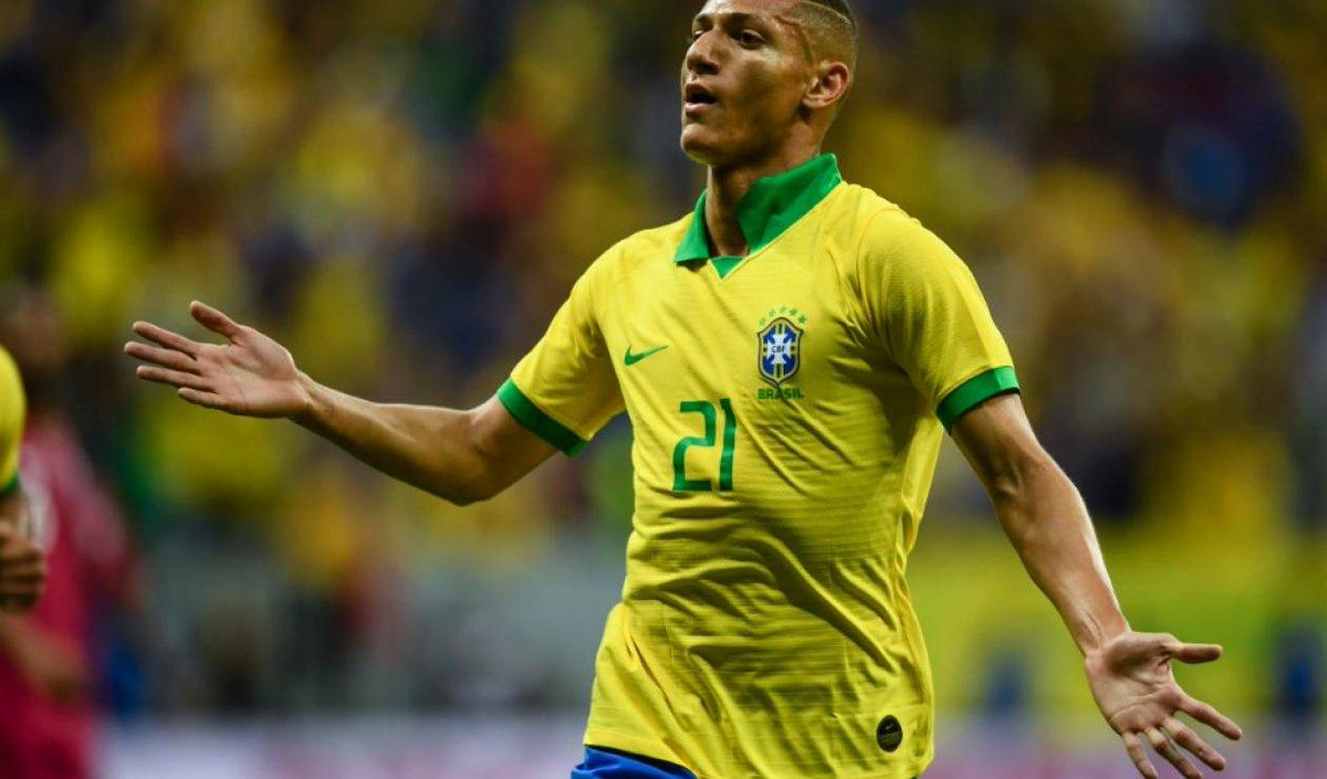 TRỰC TIẾP Brazil 3-1 Peru: Gia tăng cách biệt trên chấm 11m (H2) - Bóng Đá