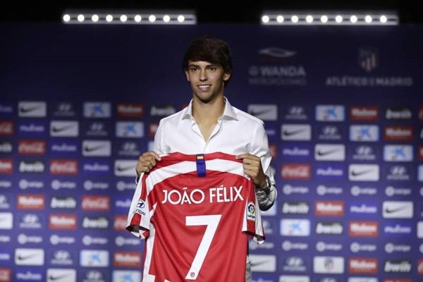 Joao Felix không giống Cris Ronaldo - Bóng Đá