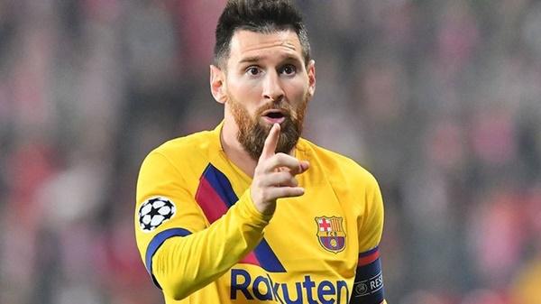 Tiết lộ lý do cấm máy bay bay qua nhà Messi - Bóng Đá