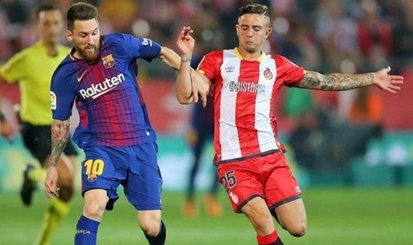 Messi chỉ ra cái tên kèm cặp khó  chịu nhất - Bóng Đá