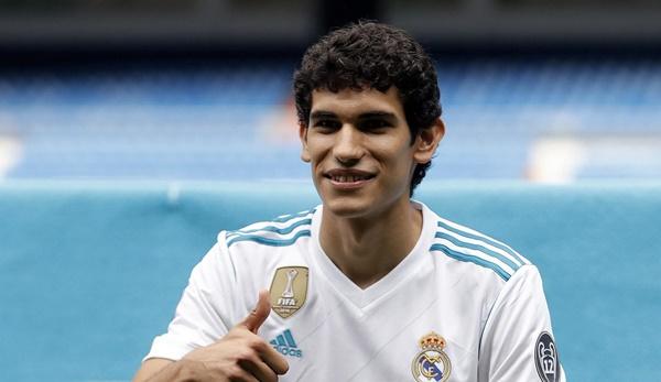 Chính thức: Vallejo gia nhập Granada - Bóng Đá