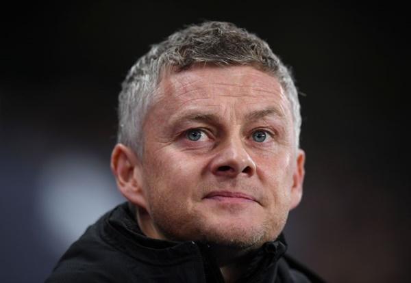 3 tiền vệ cánh phải Man Utd nên chiêu mộ - Bóng Đá