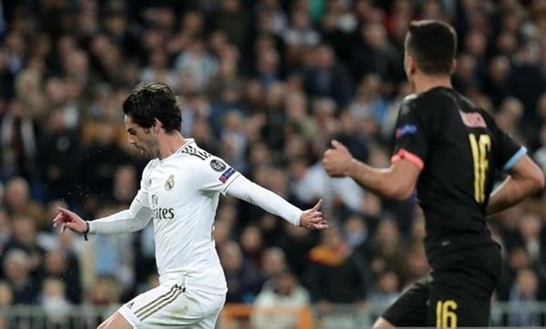 Ramos lên tiếng về chiếc thẻ đỏ - Bóng Đá