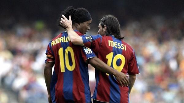 Xavi chỉ ra sự khác biệt giữa Messi và Ronaldinho - Bóng Đá