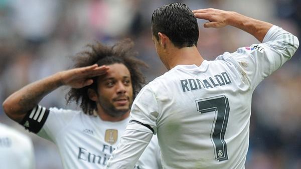 Juventus mua Marcelo, bán Alex Sandro - Bóng Đá