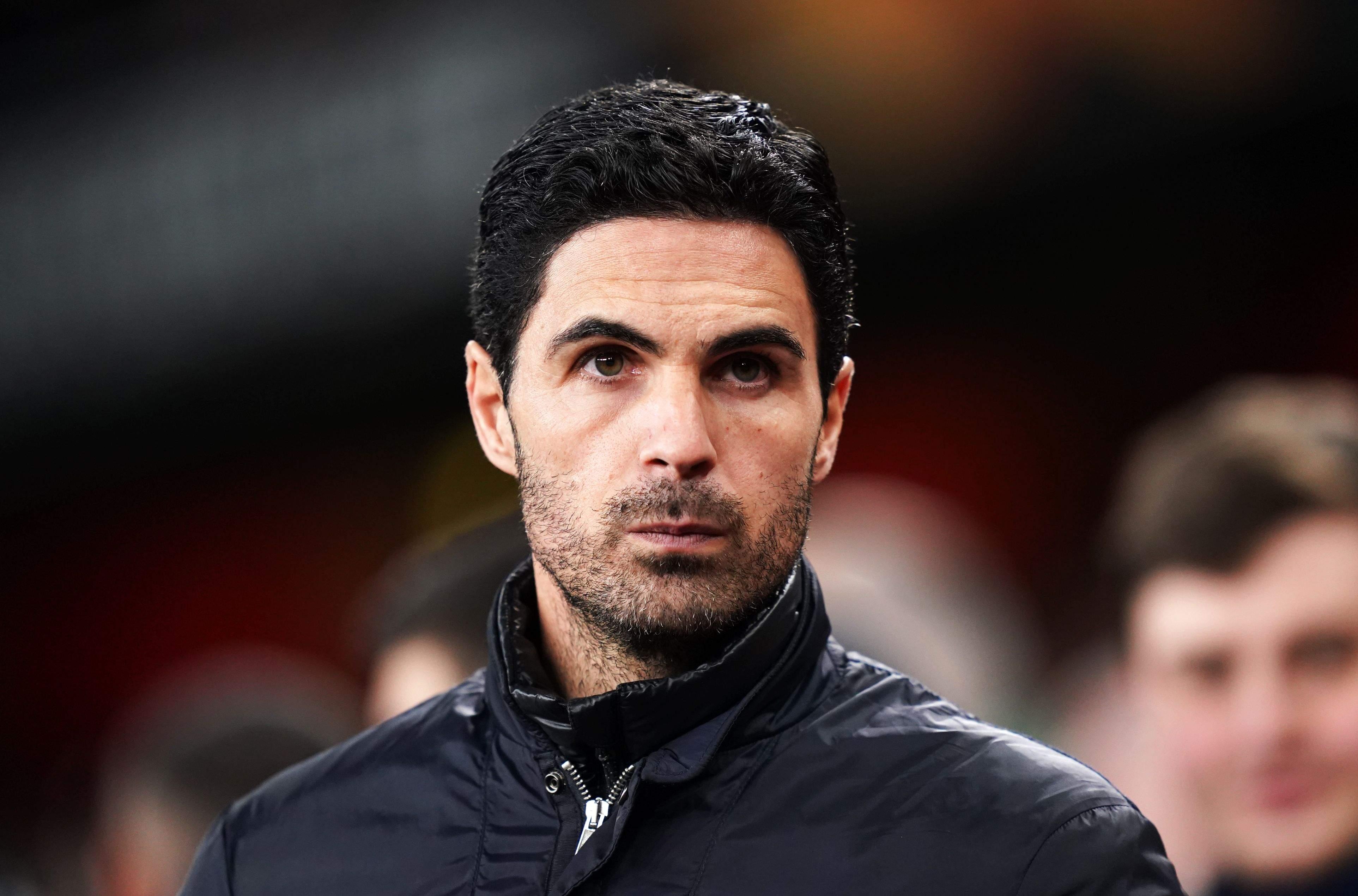 Arsenal bán 8 cầu thủ - Bóng Đá