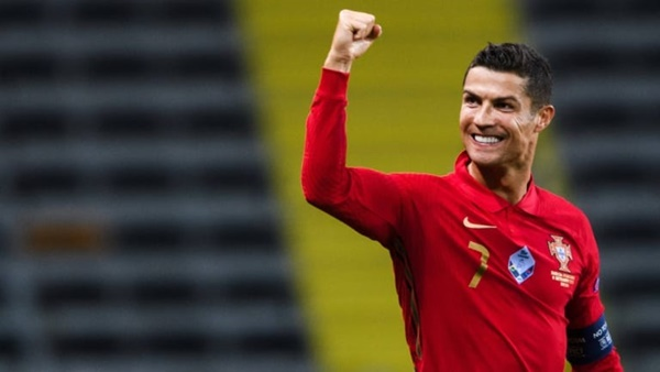 6 con mồi ưa thích của Ronaldo trong màu áo ĐTQG - Bóng Đá