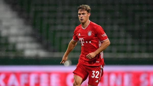 Kimmich đã tỏa sáng rực rỡ trong vai trò mới, góp công lớn giúp Bayern đoạt cú ăn 3 mùa trước.