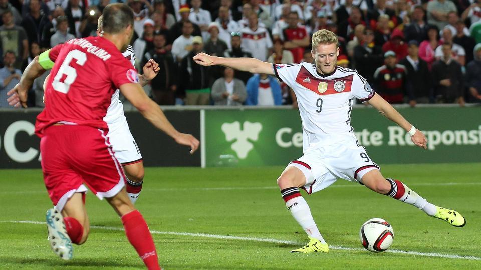 Andre Schurrle lập hat-trick giúp tuyển Đức thắng đậm Gibraltar. Ảnh: Internet.