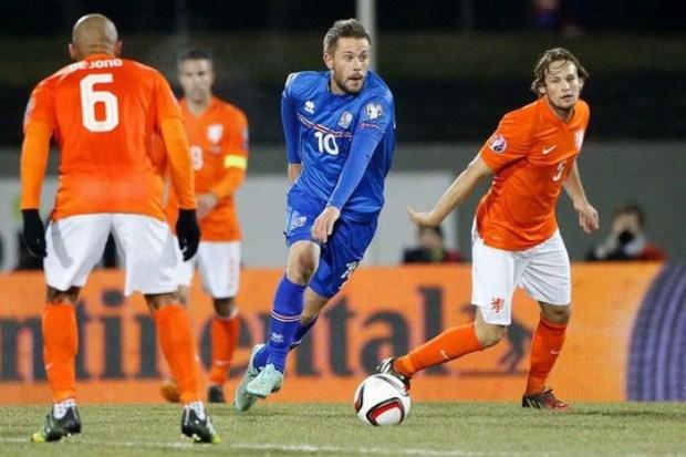 Hà Lan để thua Iceland 0-2 ở lượt đi. Ảnh: Internet.