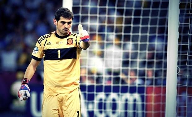 Casillas vừa có pha cản phá xuất thần. Ảnh internet.