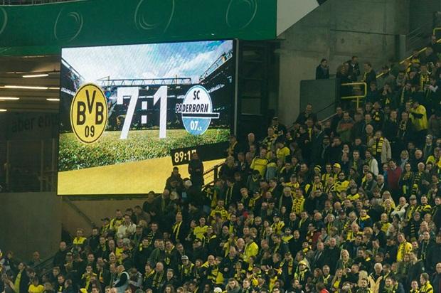 Ở loạt trận vòng 2 cúp quốc gia Đức, Dortmund tiếp Paderborn trên thánh địa Signal Iduna Park.