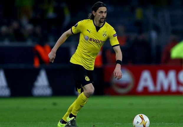 Dortmund mất Subotic đến hết mùa bóng. Ảnh: Internet.