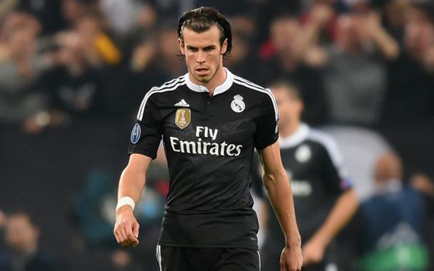 Khi còn là một tài năng trẻ tại Southampton, Gareth Bale từng suýt chút nữa đầu quân cho Manchester United. Nhưng duyên phận đã đưa đẩy anh đến với Tottenham Hospur. Năm 2013, Quỷ đỏ còn có thêm một lần tiếp cận ngôi sao xứ Wales nhưng không thành. Sau đó, anh đã đến với Real Madrid bằng bản hợp đồng kỷ lục thế giới.