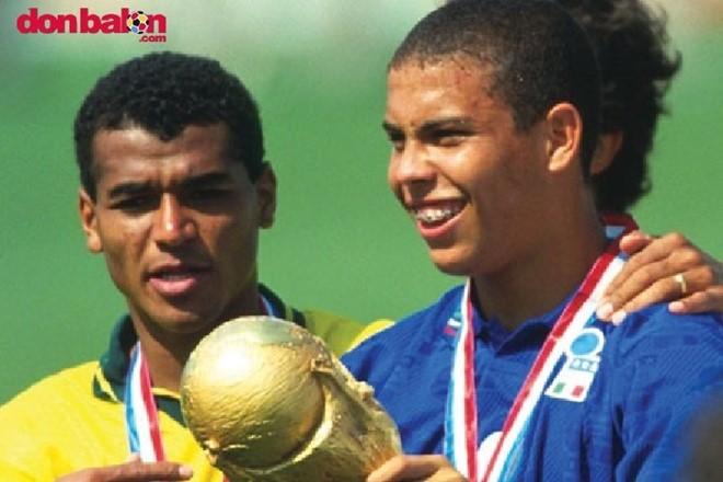Nhìn lại sự nghiệp huy hoàng của Ronaldo béo