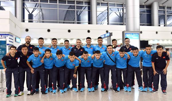 Chiều qua (23/10), ĐT Futsal nam Việt Nam đã rời Trung Quốc về nước, sẵn sàng cho AFF Cup 2017