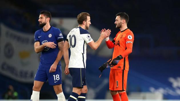 Các cầu thủ Tottenham có thể hài lòng với 1 điểm mang về sau khi rời SVĐ Stamford Bridge.