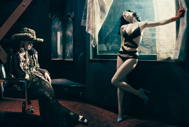 Dita Von Teese - Choáng ngợp với vẻ đẹp cổ điển - Bóng Đá
