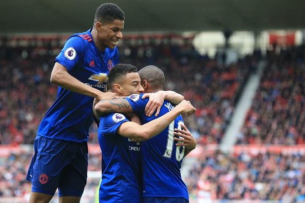 Bay vào Top 5, Man Utd lập kỷ lục 'vô tiền khoáng hậu' - Bóng Đá