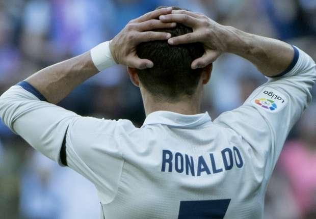Hơn 8 năm, Ronaldo mới tệ thế này - Bóng Đá