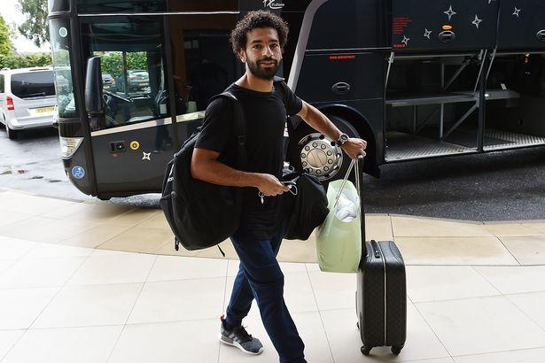 Salah tươi rói cùng dàn sao Liverpool lên đường sang châu Á - Bóng Đá