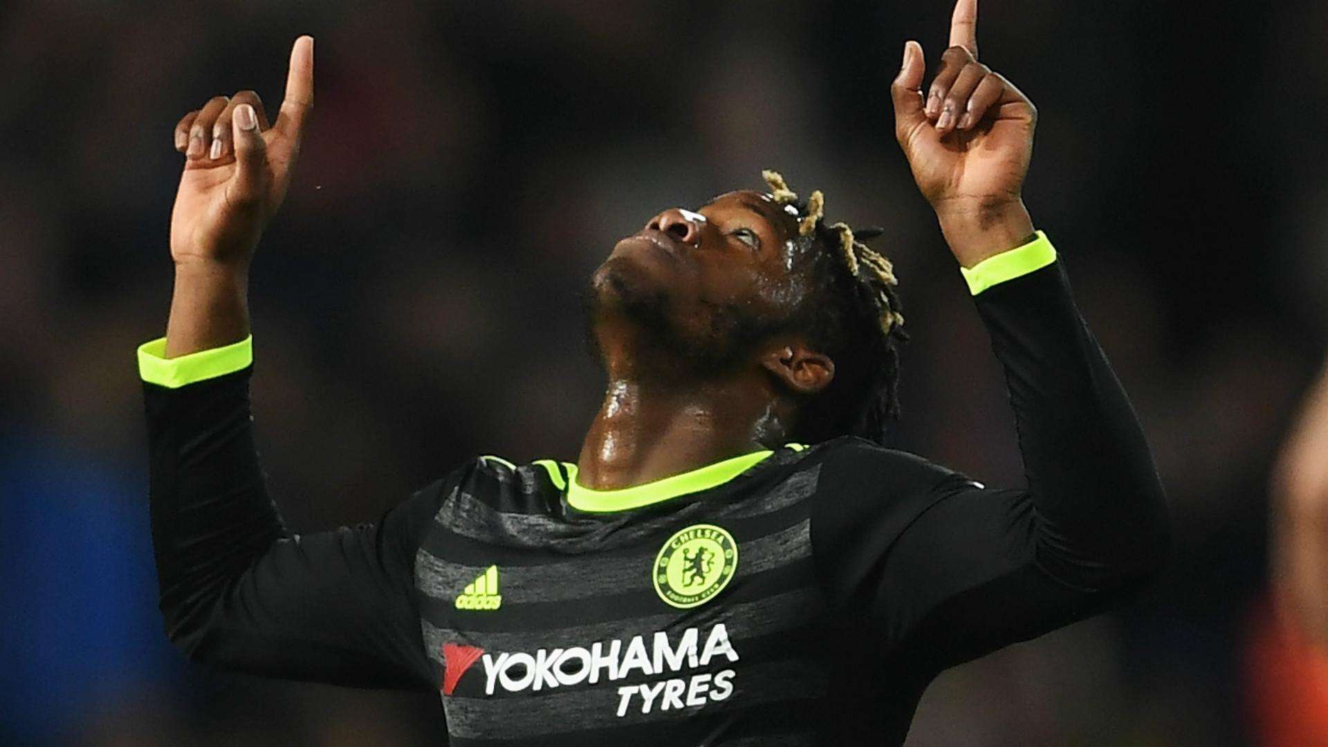 Tiemoue Bakayoko & Top 10 bản HĐ đắt giá nhất lịch sử Chelsea - Bóng Đá