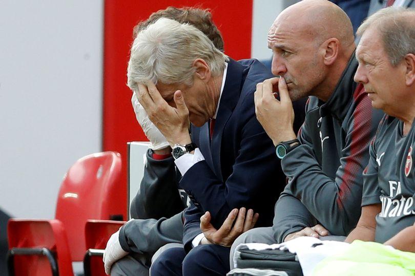 Wenger: 'Nếu tôi là vấn đề của Arsenal thì tôi xin lỗi' - Bóng Đá