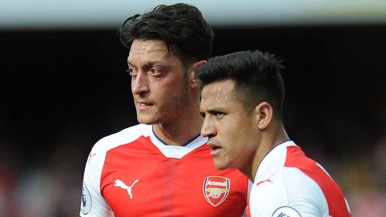 Chiến Tottenham, Arsenal nên 'trảm' Sanchez & Ozil - Bóng Đá
