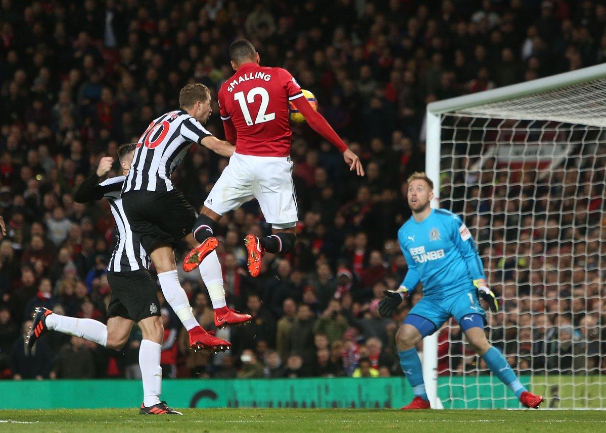 Đối thoại Jose Mourinho: Vấn đề của Mkhitaryan là gì? - Bóng Đá