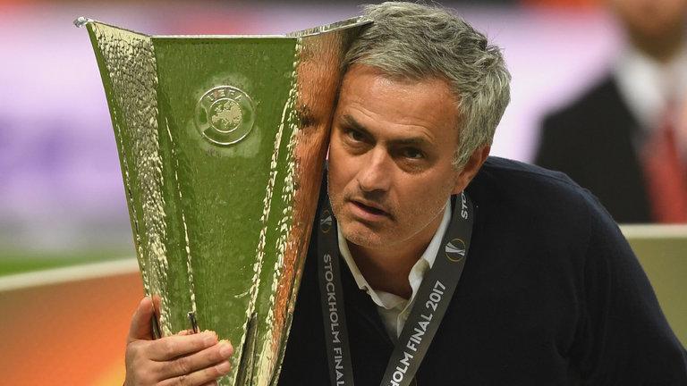Mourinho đánh Đông, đẹp Bắc nhưng bất lực ở Man Utd - Bóng Đá