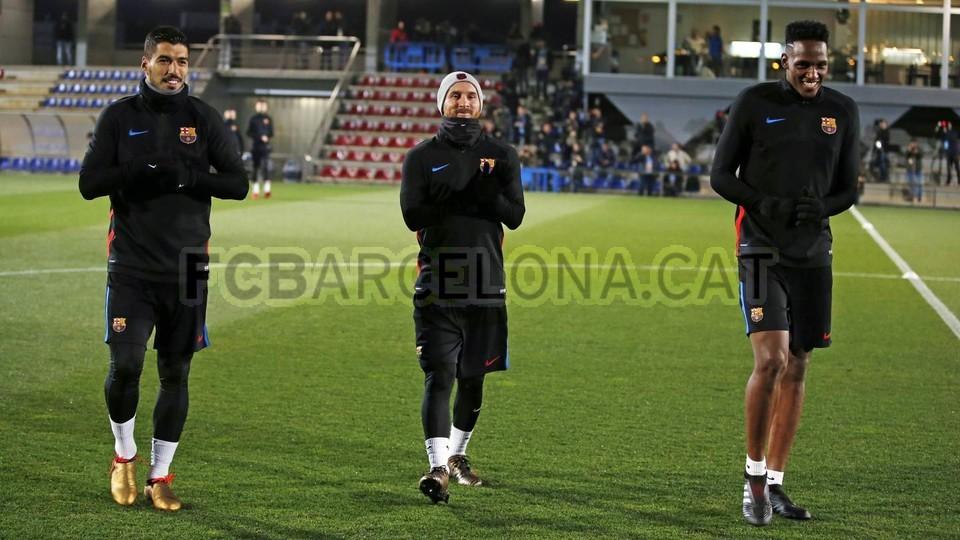 Yerry Mina phấn khích khi lần đầu được tập cạnh Messi, Suarez - Bóng Đá