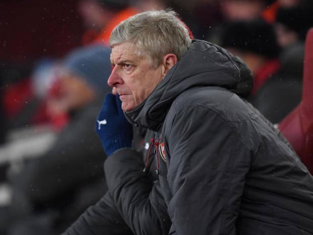 Wenger tung chiêu cuối giữ ghế - Bóng Đá