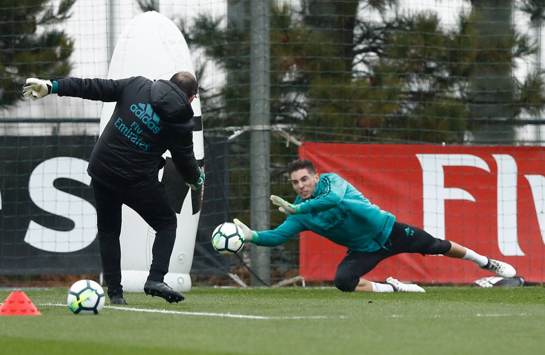 Real Madrid tập luyện - Bóng Đá