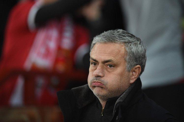 Mourinho: 'Chỉ 2 cầu thủ đạt yêu cầu' - Bóng Đá