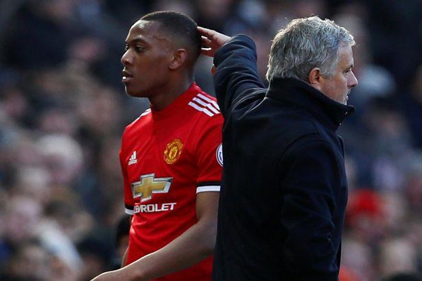 Quan điểm: Mourinho vùi Martial xuống vực sâu! - Bóng Đá