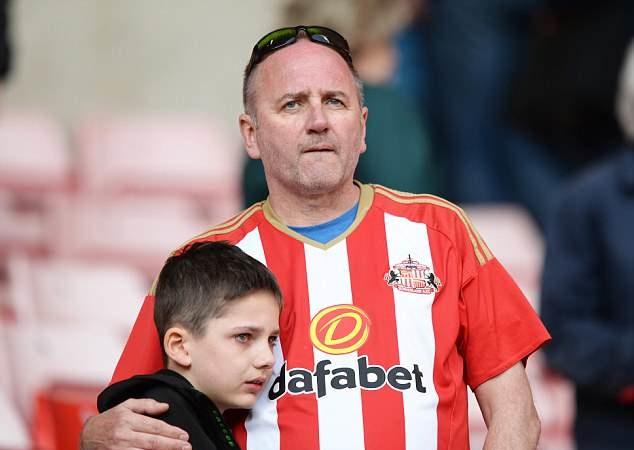 TẤN BI KỊCH: Sunderland rơi tự do, chạm đáy hạng 3 - Bóng Đá