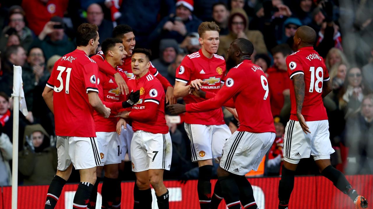 Vô địch Premier League, tiền thưởng của Man City vẫn kém Man Utd - Bóng Đá