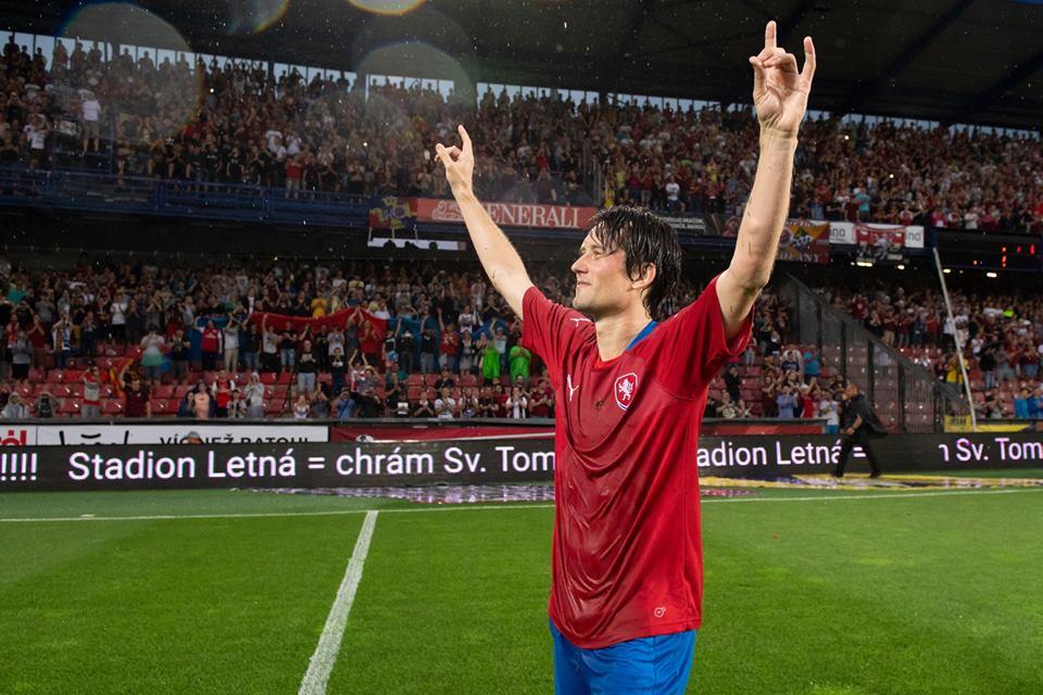 Van Persie, Fabregas tái hợp ở Arsenal trong trận cầu tri ân Rosicky - Bóng Đá