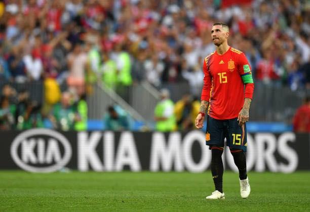 Từng cầu thủ Tây Ban Nha đổ gục: Ramos khóc to nhất!