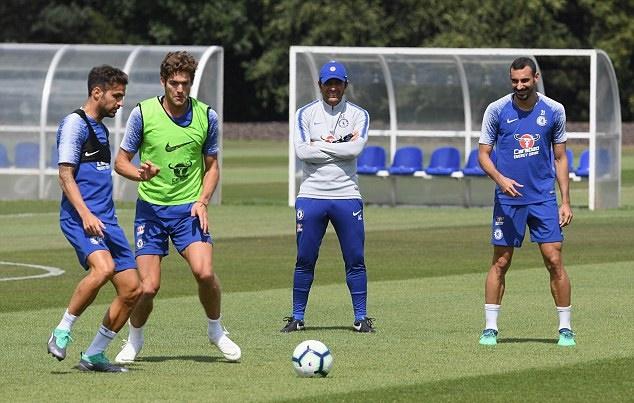 Chelsea 'vắt chanh bỏ vỏ', kiệm cả một lời cảm ơn Conte - Bóng Đá