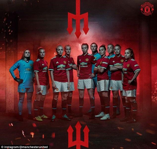 Thâu nạp hàng từ Liverpool & Man City, Man Utd ra mắt đội nữ xinh đẹp - Bóng Đá