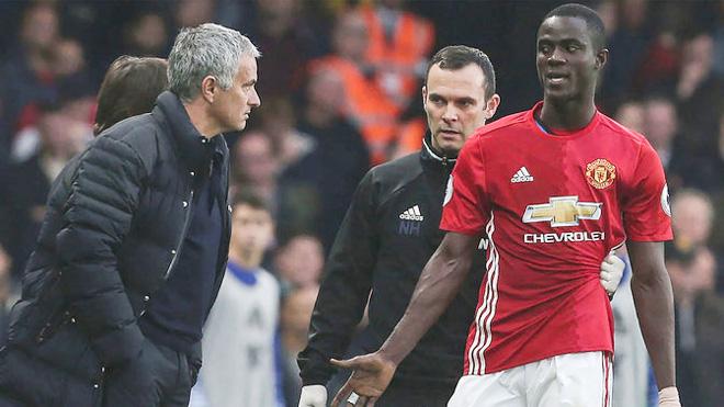 Tình thế nguy cấp, 3 cầu thủ Man Utd nhận đặc ân từ Mourinho - Bóng Đá