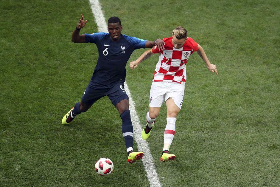 NÓNG: Paul Pogba = Ivan Rakitic + 70 triệu euro?