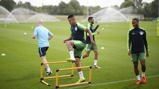 Ảnh Man City tập luyện - Bóng Đá