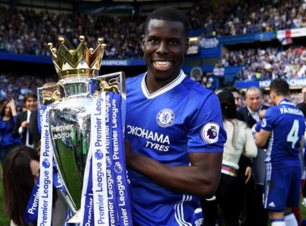 CHÍNH THỨC: Chelsea chia tay cầu thủ thứ 3, trò cưng của Mourinho - Bóng Đá